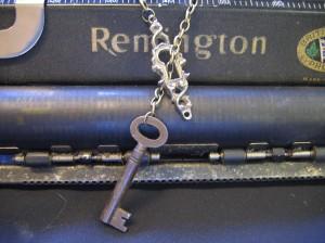 Keyhole 7